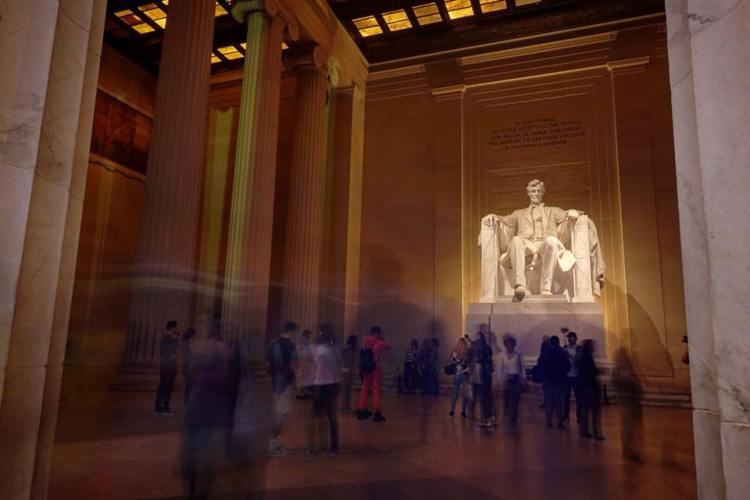 Lincoln Memorial Photo